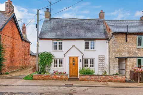 3 bedroom cottage for sale - High Street, Whittlebury