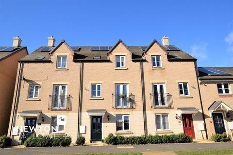4 bedroom townhouse for sale - Stud Road, Barleythorpe