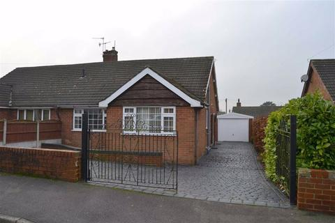 2 bedroom semi-detached bungalow to rent - Woodlands Avenue, Cheddleton, Cheddleton