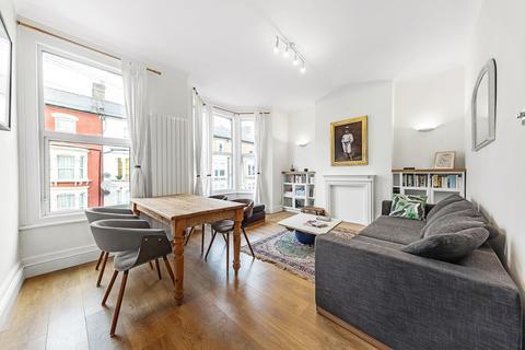 3 bedroom flat for sale - Kellett Road, SW2