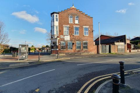 Property to rent - Abbey Hey Lane, Manchester, M18
