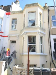 2 bedroom flat to rent - Ceylon Place, , Eastbourne, BN21 3JE