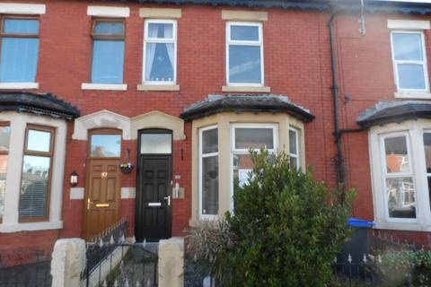 4 bedroom terraced house to rent - Oxford Road, Blackpool, FY1 3QL