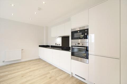 1 bedroom apartment to rent - Lakeside Drive London NW10