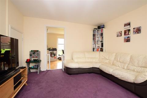 3 bedroom semi-detached house - Primrose Place, Worthing, West Sussex
