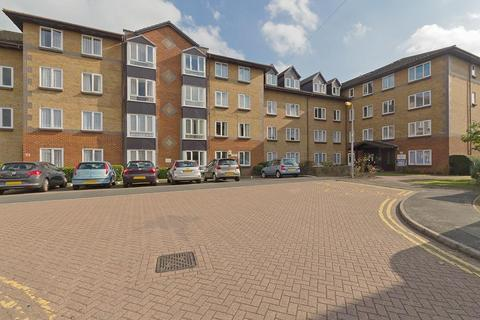 1 bedroom penthouse - Barkers Court, Sittingbourne, Kent, ME10