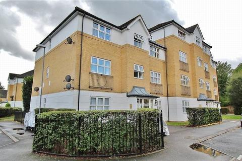 2 bedroom flat for sale - Hillary Drive, ., Isleworth, ,, TW7 7EG