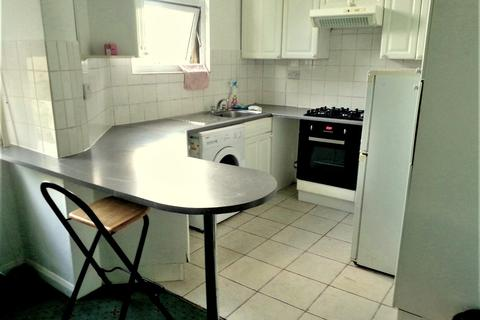 1 bedroom flat to rent - Clarence Road, Bounds Green, London N22