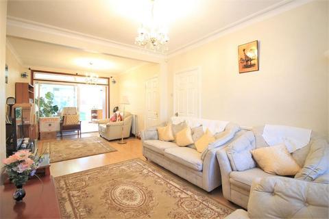 3 bedroom semi-detached house to rent - Ellerdine Road, Hounslow