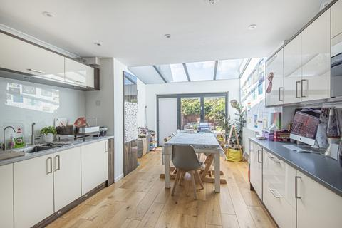 3 bedroom house to rent - Shipwright Road London SE16