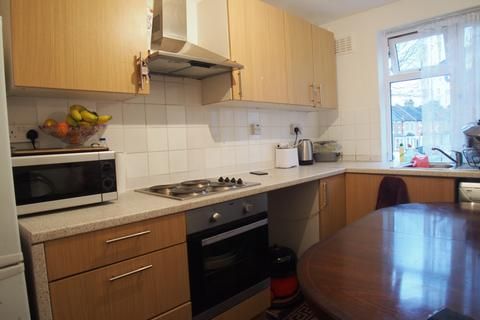 2 bedroom flat to rent - Derby Road, Enfield, EN3