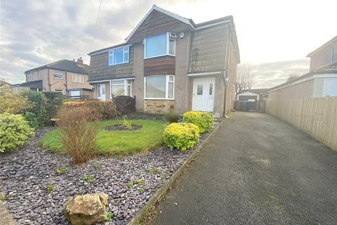 3 bedroom semi-detached house to rent - Willow Villas, Bradford, BD2