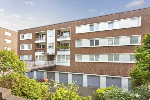 2 bedroom apartment - Glynde House, Palmeira Avenue, Hove, East Sussex, BN3
