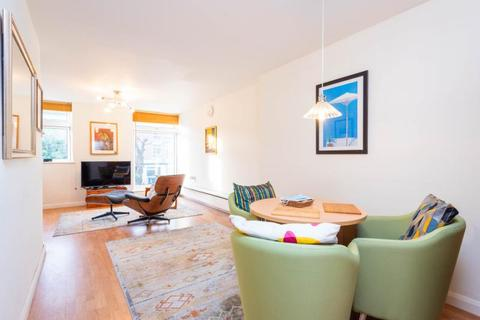 3 bedroom terraced house for sale - Harefields, Oxford, Oxfordshire