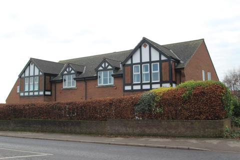 2 bedroom apartment to rent - SYCAMORE COURT, THE SYCAMORES, BRAMHOPE, LEEDS, LS16 9BF
