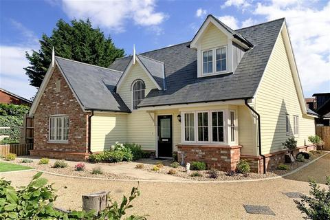 3 bedroom detached house for sale - Saxon Way, Maidstone, Kent