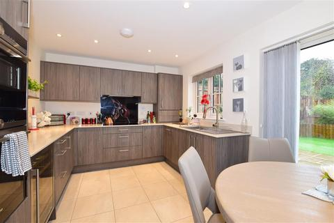 3 bedroom detached house for sale - Saxon Way, Maidstone, Kent