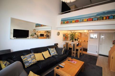 1 bedroom apartment for sale - Whitaker House Apartments, Savile Park, Halifax