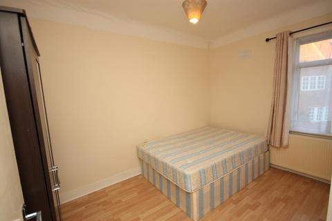 1 bedroom house share to rent - Old Oak Common Lane, East Acton, London, W3 7DT
