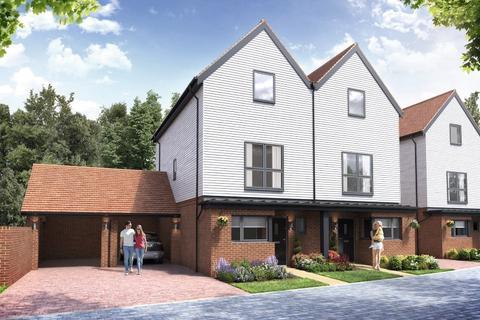 3 bedroom semi-detached house for sale - Chilmington Lakes, Chilmington, Ashford, Kent