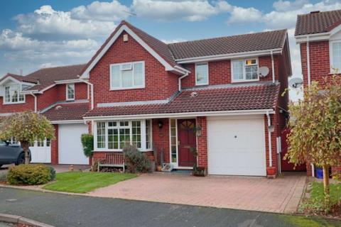 4 bedroom detached house for sale - Bakewell Drive, Stone