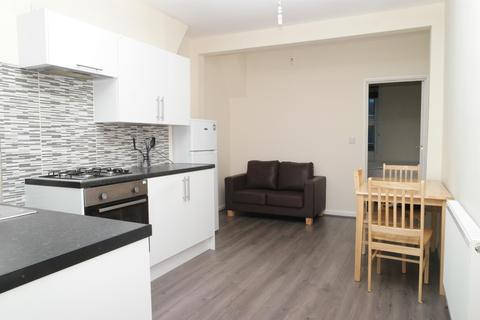 1 bedroom flat for sale - Preston House, Preston Close, London, SE1 4NZ