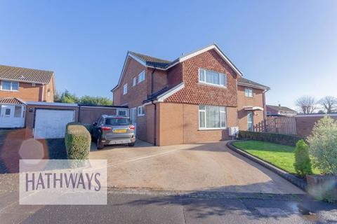 4 bedroom detached house for sale - Llanyravon Way, Cwmbran
