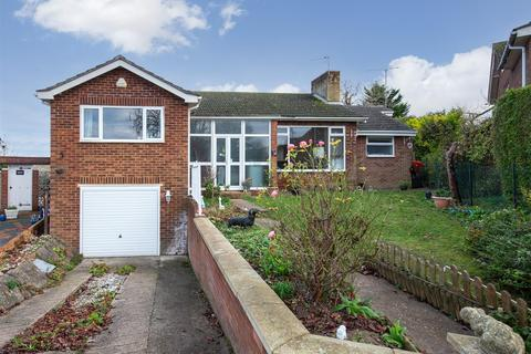 3 bedroom detached bungalow for sale - Chalton Heights, Chalton