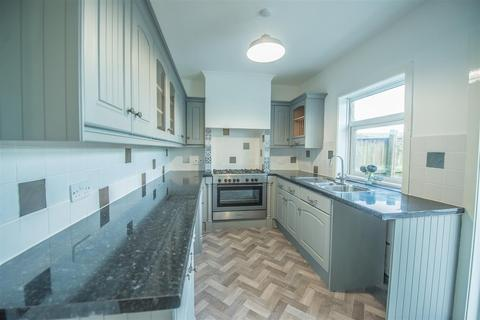 3 bedroom semi-detached house to rent - Northway, Gateshead