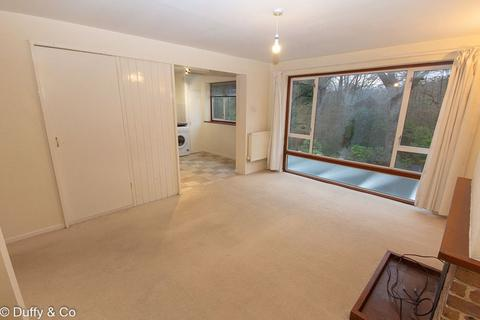 2 bedroom flat - Pelham Road, Lindfield