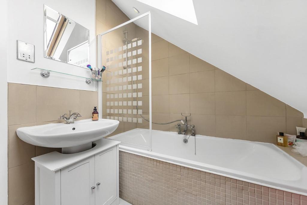 Top Floor Bathroom.jpg