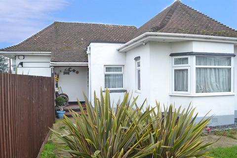 3 bedroom detached bungalow for sale - The Broadway, Northbourne, Bournemouth