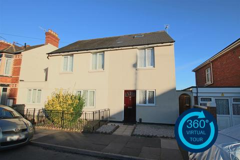 3 bedroom semi-detached house to rent - Wardrew Road, St Thomas, Exeter