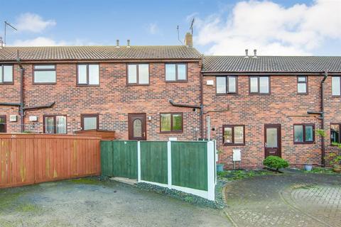 2 bedroom terraced house for sale - Nursery Grove, Bridlington, YO16 4QS