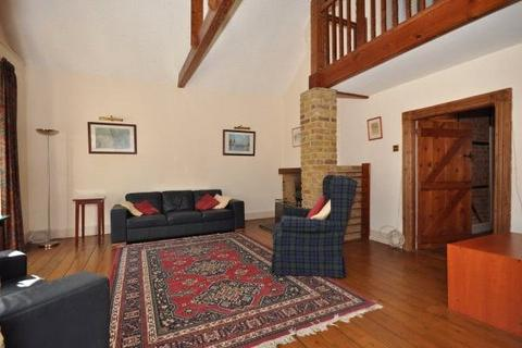 4 bedroom detached house for sale - Hale Street, Staines-upon-Thames, Surrey, TW18