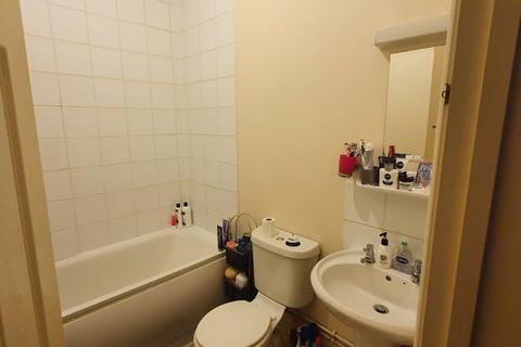 1 bedroom ground floor flat to rent - VALE GROVE, ACTON, LONDON W3