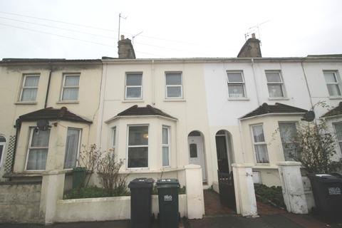 3 bedroom terraced house to rent - Susans Road, Town Centre, Eastbourne BN21