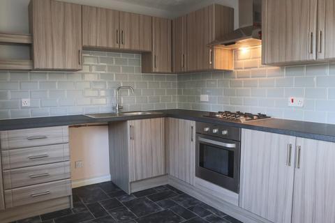 2 bedroom semi-detached house - Curlew Close, Beverley, Yorkshire, HU17