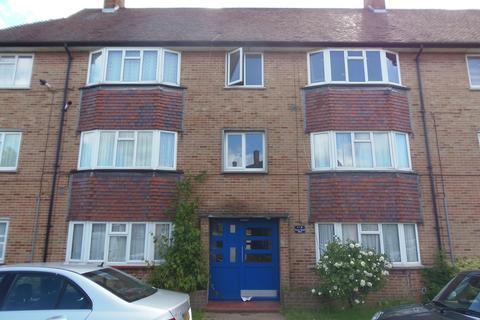 2 bedroom flat to rent - Grove Road West, EN3