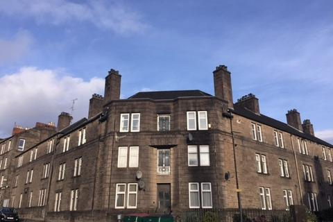 3 bedroom flat to rent - Morgan Place, Stobswell, Dundee, DD4 6NA