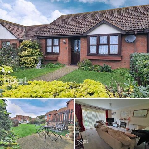 2 bedroom bungalow for sale - Spinnaker Close, Clacton-On-Sea