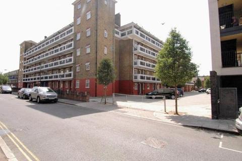 2 bedroom flat to rent - Comus House, Congreve Street, London SE17