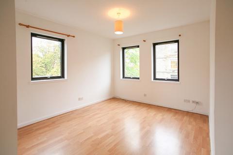 2 bedroom flat - Sandport, Leith, Edinburgh, EH6 6PL
