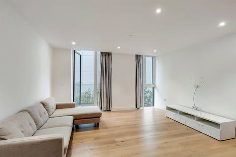 2 bedroom flat to rent - Admiralty House, 150 Vaughan Way, London, E1W