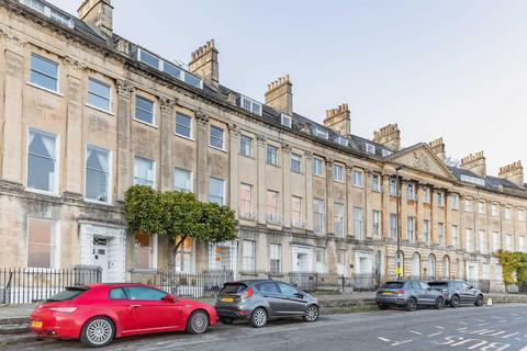 2 bedroom apartment to rent - Camden Crescent
