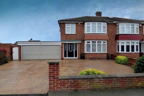 3 bedroom semi-detached house for sale - Swallow Lane, Stockton-On-Tees, TS20