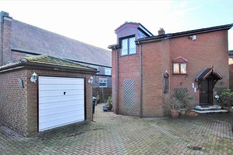 5 bedroom detached house for sale - Sunderland Road, South Shields