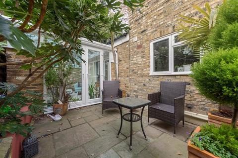 1 bedroom flat - Alderbrook Road, SW12