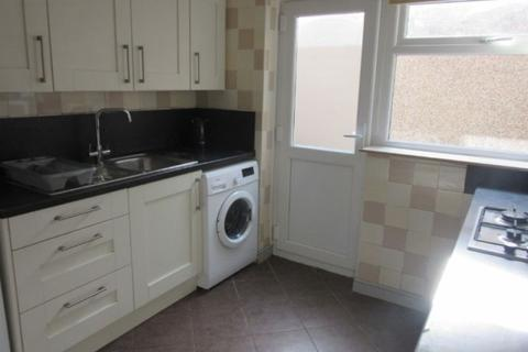 5 bedroom house to rent - Room 1, 21 Marlborough Road Brynmill Swansea