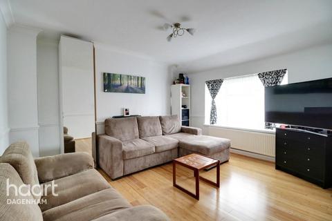 1 bedroom maisonette - Cannington Road, Dagenham